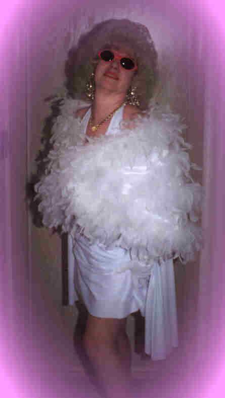 Marilyn, Chicago, Entertainment,singing telegrams,entertainment,clown,belly,hula dancer,Chicago,entertainment,clown,belly,hula dancer,  Disc Jockey